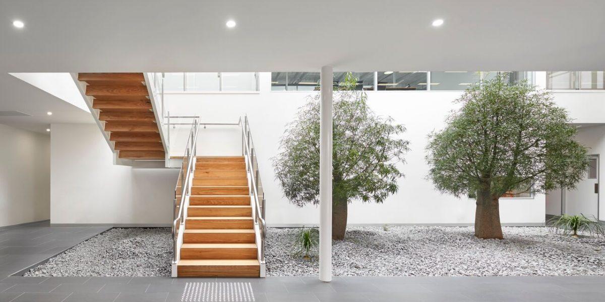 Foyer & Indoor Garden